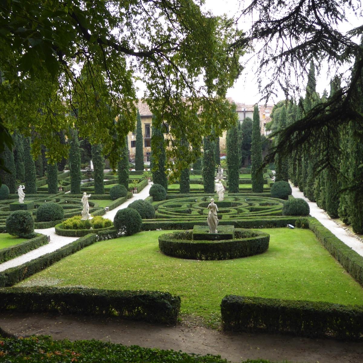 Amici in giardino giardinaggio e dintorni giardinaggio for Giardino e palazzo giusti